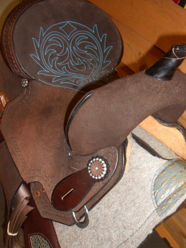 """SOLD! High Horse #6228 Lindale 15"""" Medium Fit Barrel Racing Saddle"""