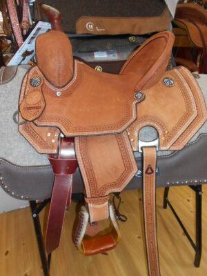 DSCN4541 - Luck Saddlery